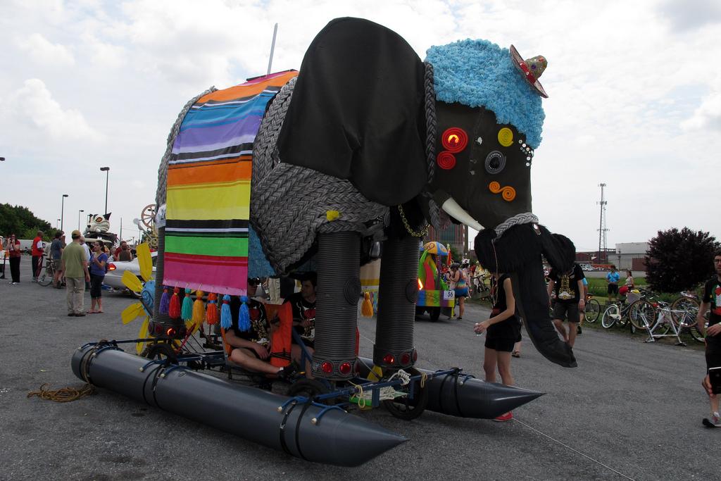 Big elephant with pontoons.