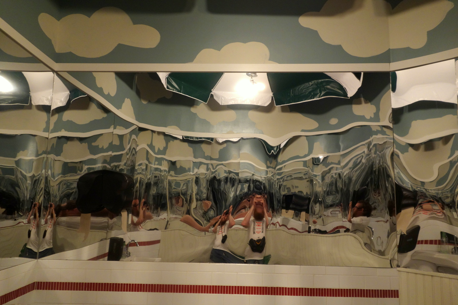 Red Hook Lobster Pound - trippy bathroom mirrors
