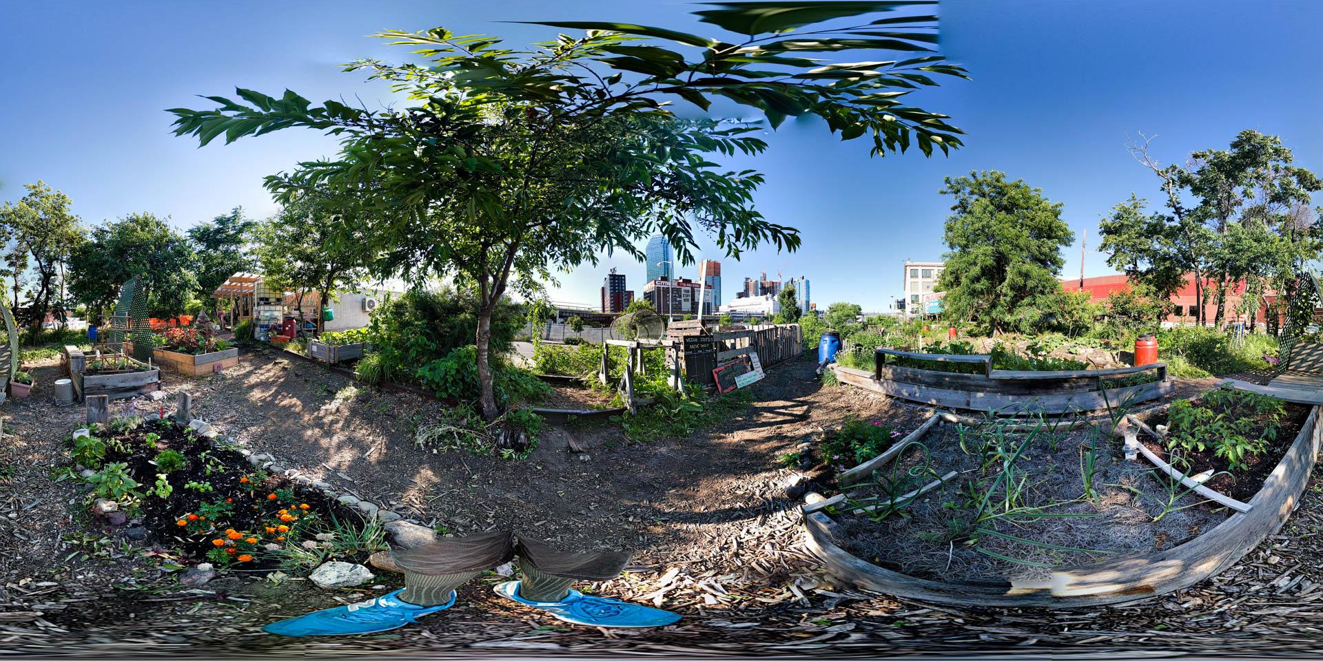 on Google+ this is a 3D-viewable landscape
